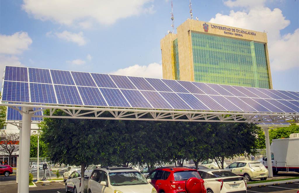 Estacionamiento Solar Rectoría UDG